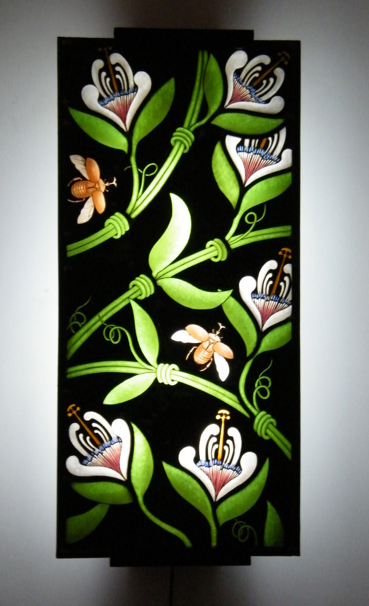 Lampara con Flores y Insectos
