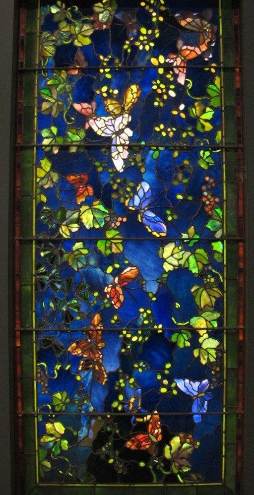 Le farfalle nella vetrata di John La Farge