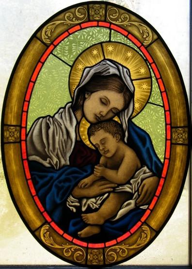 vetrata artistica sacra Madonna con bambino, dipinta a grisaglia, vetrata artistica a piombo