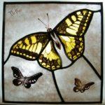Vitral con Mariposas Amarillas