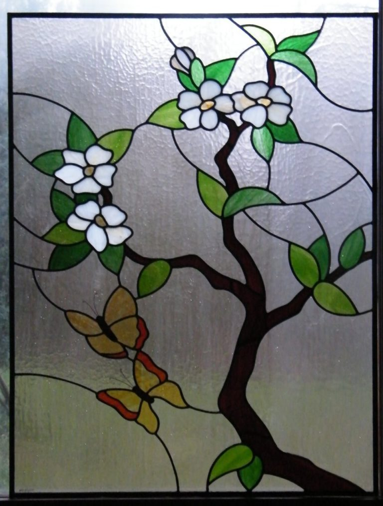 Vitral Simple con Flores y Mariposas