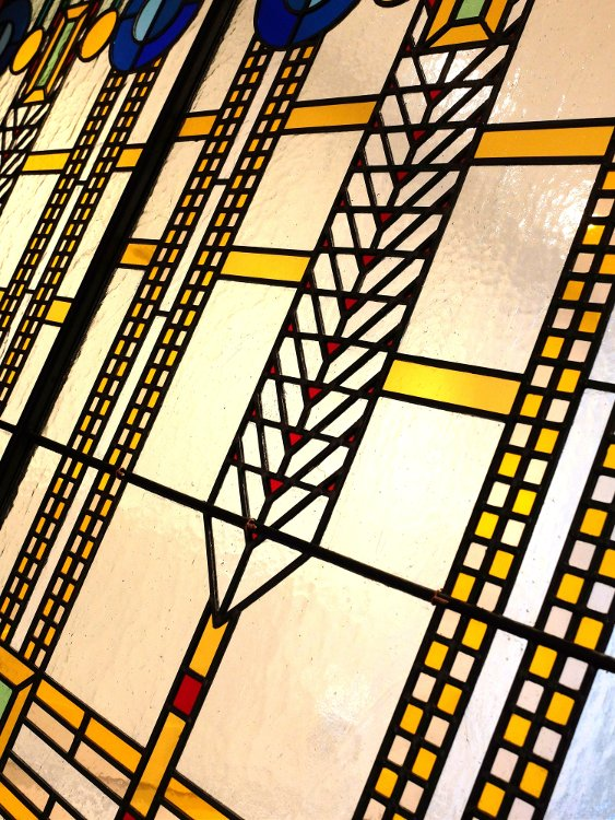 Diagonal leaded stained glass