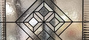 Puerta corredera geométrica