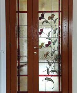 Porta Artigianale con Fiori